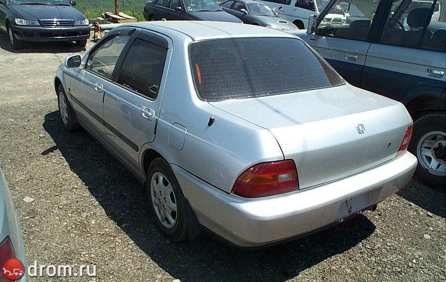 Фото Honda Domani в кузовах MA4, MA5, MA6.