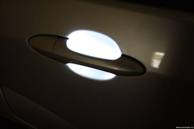 Как сделать подсветку дверей с логотипом своими руками
