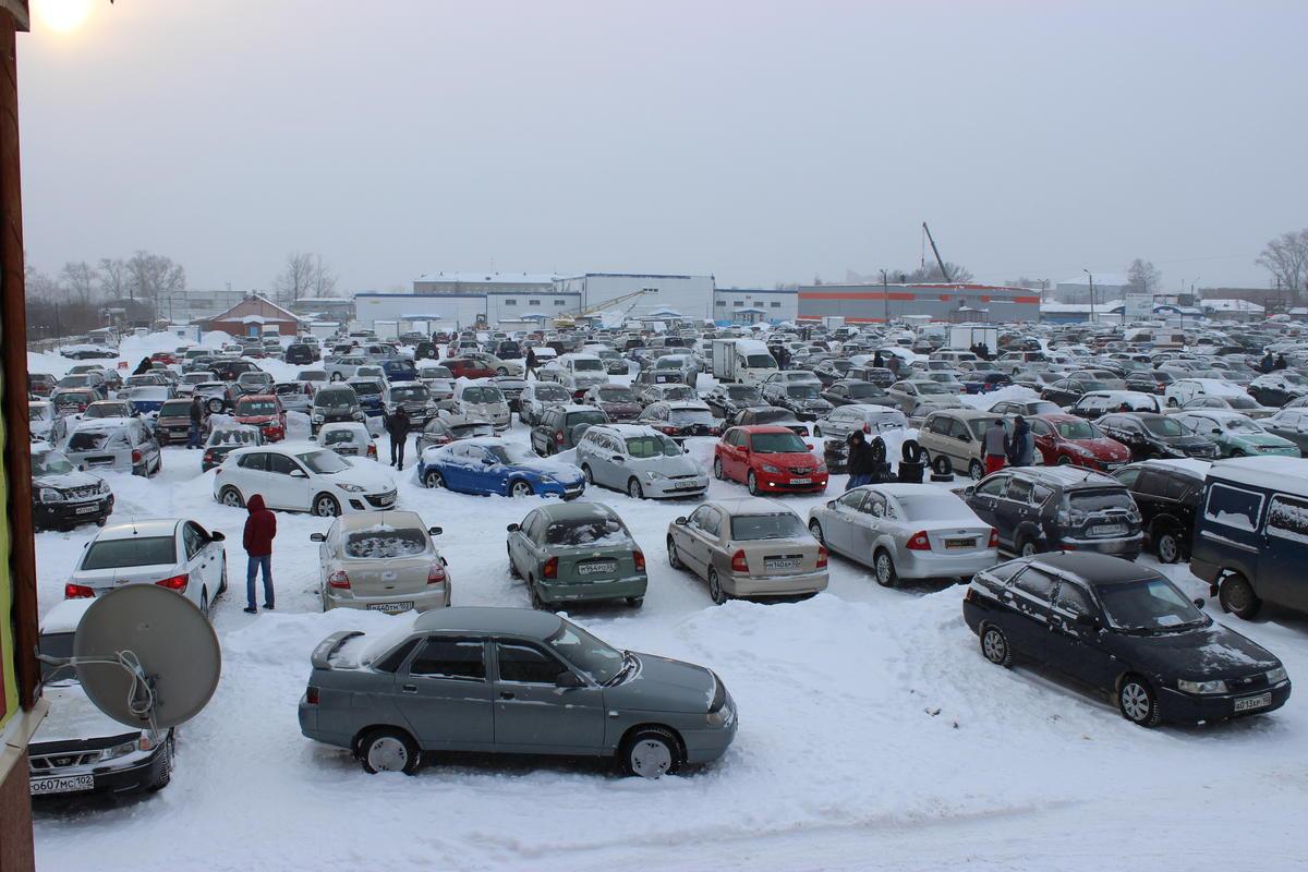 Продажа новых и подержанных автомобилей в Уфе