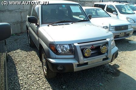 View more pics of 1999 Mitsubishi Pajero Io .